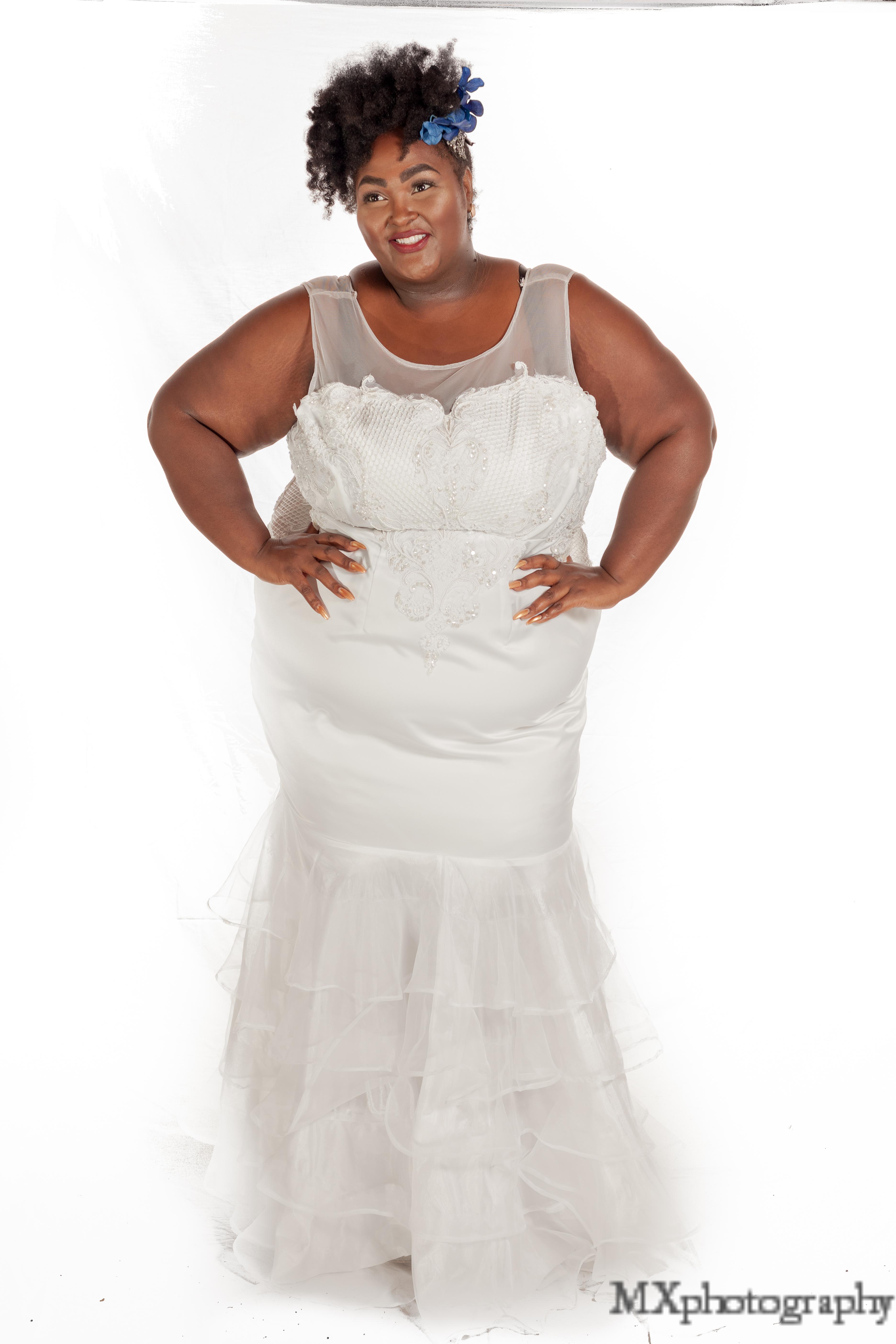 plus size wedding dress , wedding gown, bridal gown, ruffle wedding ...