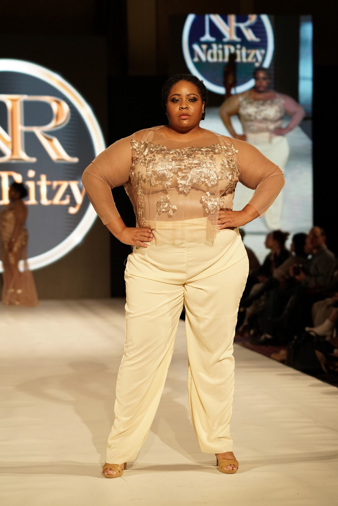 7e5357914dfc8c Plus Size Couture Crop top and Pant - NdiRitzy